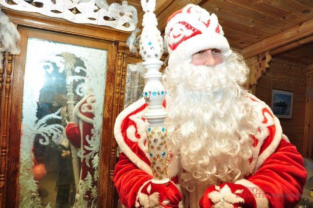 Скоро омская детвора сможет посетить новогоднего волшебника.