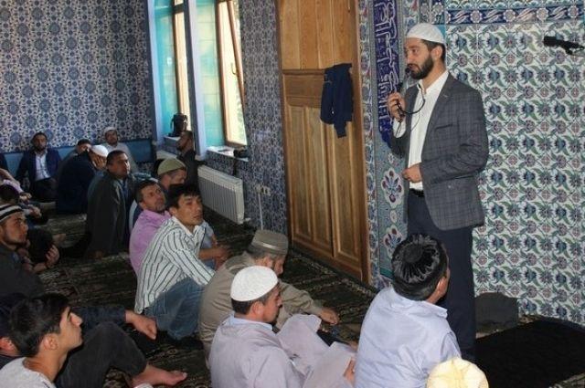 Молодым мусульманам нужно рассказывать об основах ислама.