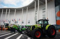 Сельскохозяйственная техника, представленная на II Всемирном зерновом форуме в Сочи.