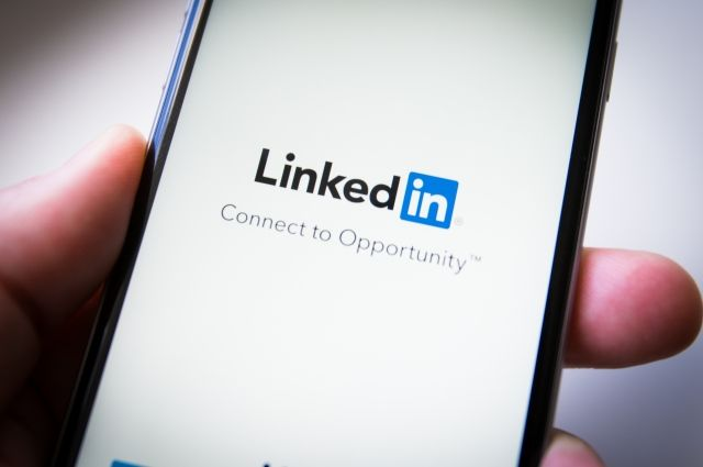 Microsoft согласился выполнить условияЕС для покупки социальная сеть Linkedin