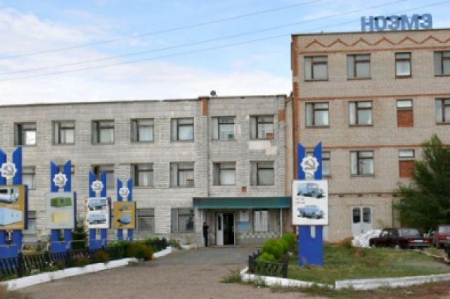 Сварщик упал свысоты впроцессе работы наНовоорском заводе