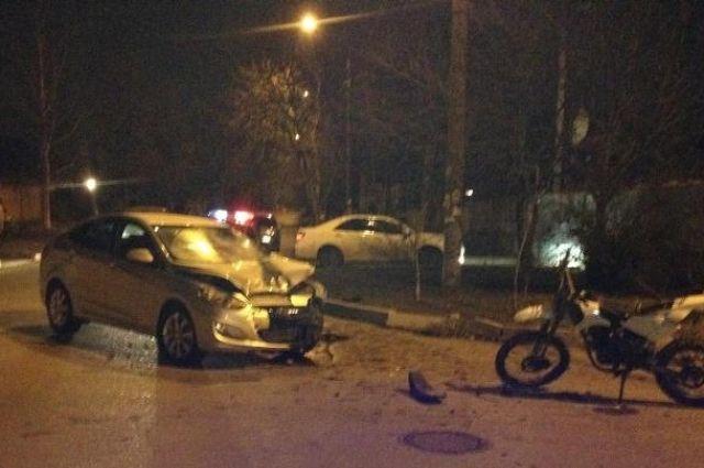 Вночной трагедии вЕссентуках пострадали мотоциклист ипассажир