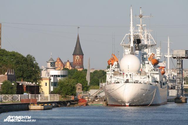 Музейщики Калининграда начали строительство 12-метровой ладьи викингов.