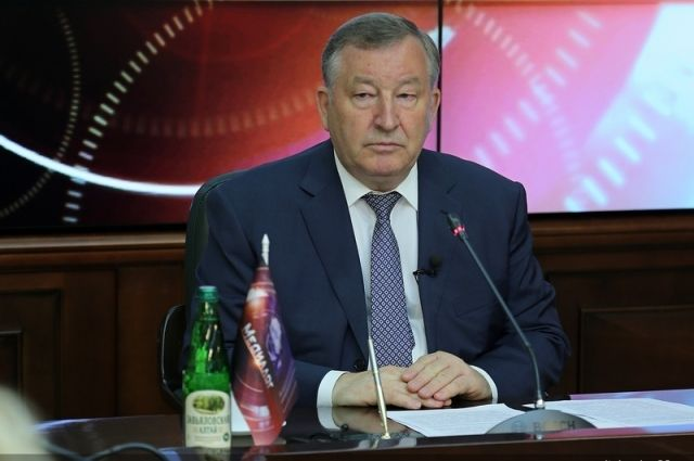 Александр Карлин был членом президиума с апреля.