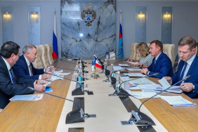 Управляющий Федерального дорожного агентства Роман Старовойт похвалил дорожников Удмуртии