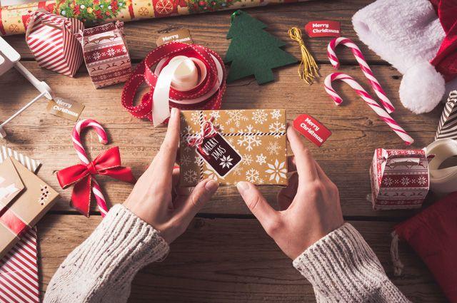 Дарят ли подарки на годом
