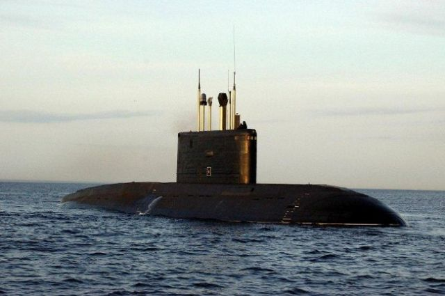 Малошумная подлодка «Колпино» вошла всостав ВМФ