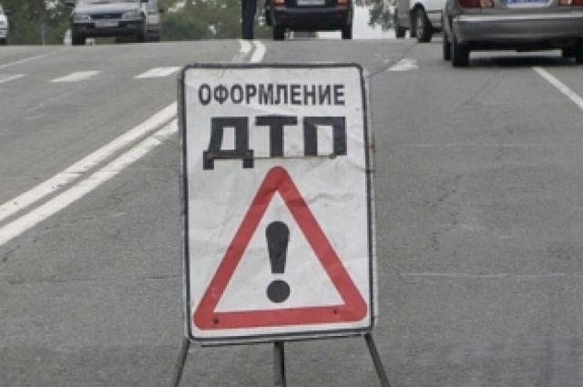 Микроавтобус спассажирами столкнулся с«ГАЗелью» наМосковском шоссе