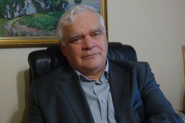 Николай Перевозчиков  написал первые детские стихи 10 лет назад.