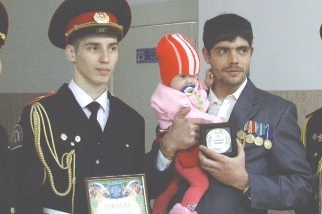 Юрий Иванов получил специальный знак «За помощь полиции».