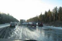 В такую погоду даже опытные водители вряд ли смогут хорошо удерживать управление.