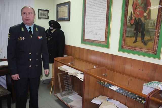 В фонд музея вошли награды судебных приставов, печатные машины, оригиналы и копии документов, письменные принадлежности.