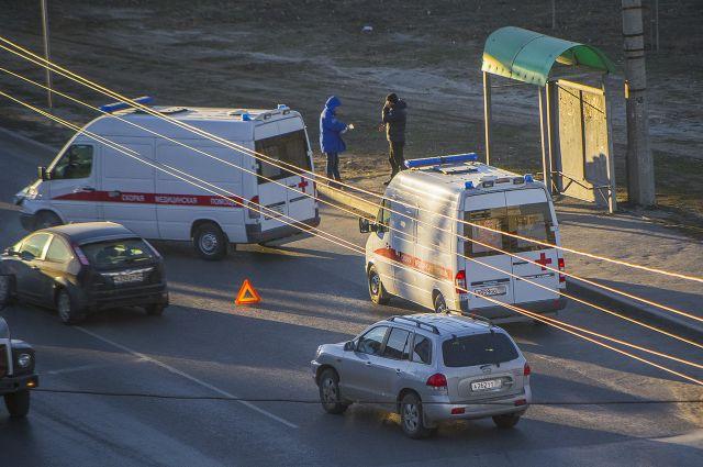 ВСамарской области «Рено» столкнулся смикроавтобусом, погибла женщина