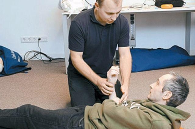 60-70% учебного времени посвятят практическим навыкам оказания первой помощи.