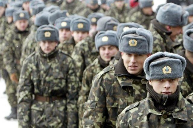 В 2017г. заработной платы украинских военных будут увеличены на10%