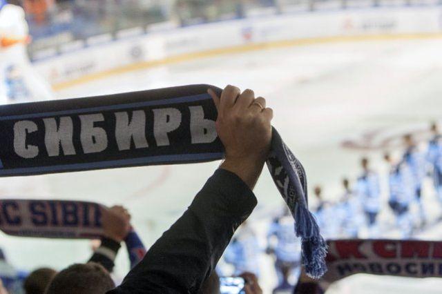Новосибирские хоккеисты одержали чистую победу