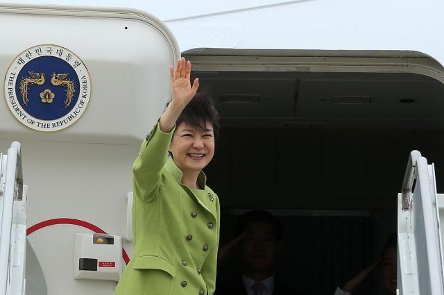 Южнокорейский президент Пак Кын Хеможет преждевременно покинуть собственный пост
