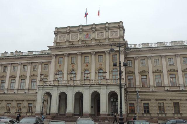 ЗакС перенёс принятие бюджета втретьем чтении нанеделю