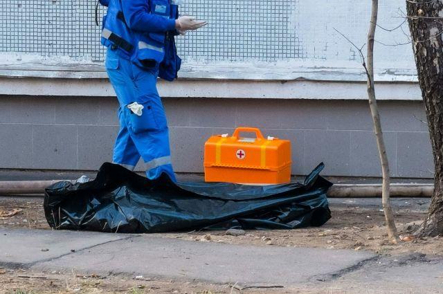 Тело обеспеченного мужчины отыскали запомойкой наШелгунова