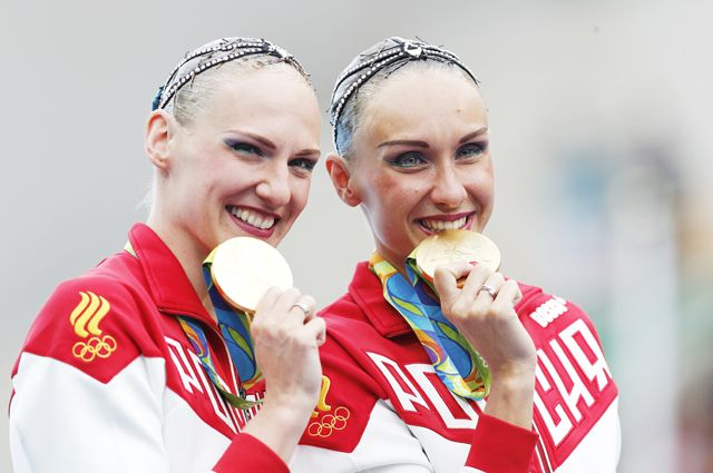 Чемпионки ОИ в Рио-де-Жанейро Наталья Ищенко и Светлана Ромашина.
