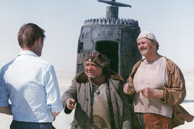 Google посвятил дудл юбилею советского фильма «Кин-дза-дза»