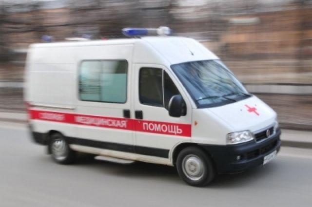 Медики оказали пострадавшему первую помощь и доставили его в больницу