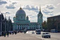 Кафедральный собор Знаменского мужского монастыря на Красной площади города.