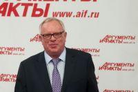 Губернатор республики Алтай Александр Бердников на пресс-конференции в пресс-центре
