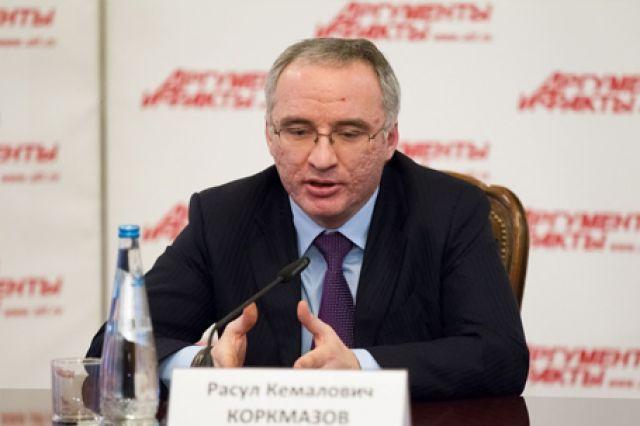 Президент Фонда помощи детям-сиротам «Ты не один» Расул  Коркмазов на пресс-конференции