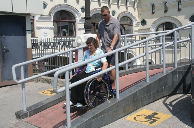 И с инвалидностью можно трудоустроиться.