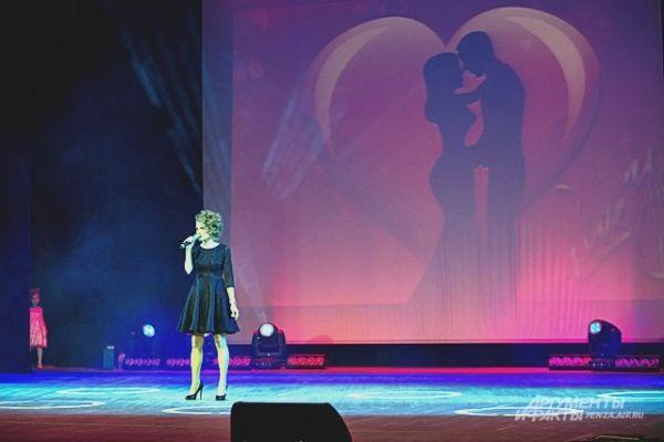 Участницы блистали вокальными талантами.