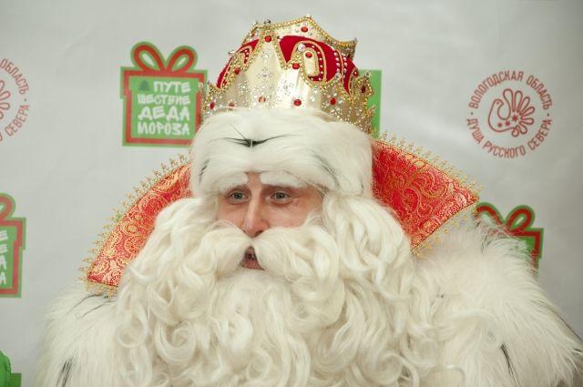 В резиденцию главного Деда Мороза приходит более 300 тысяч писем.