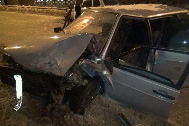 ВДТП намосту вВологде умер  молодой шофёр  «девятки»