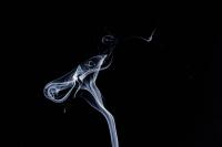никотин, содержащийся в электронных сигаретах, наносят ничуть не меньший вред, чем традиционные табачные изделия.