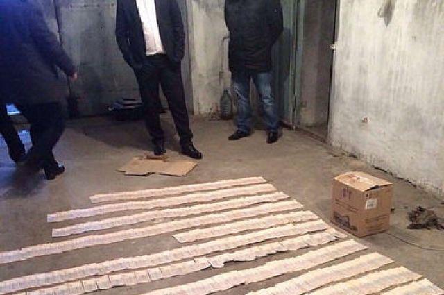 ВКаховке задержали обвинителя поподозрению вовзяточничестве