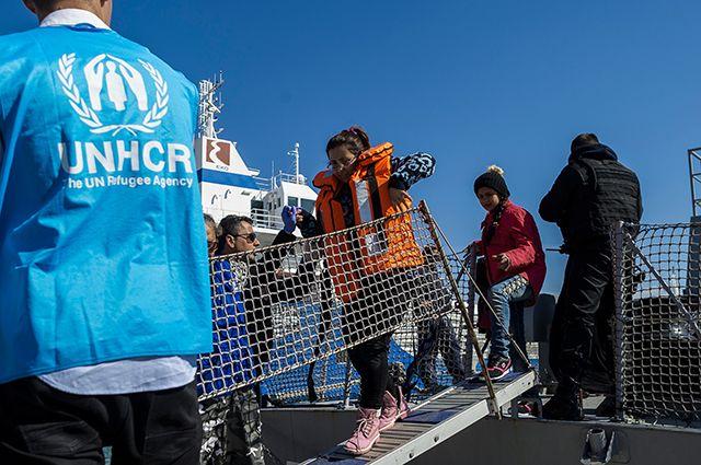 Волонтёры ООН на греческом острове Лесбос.