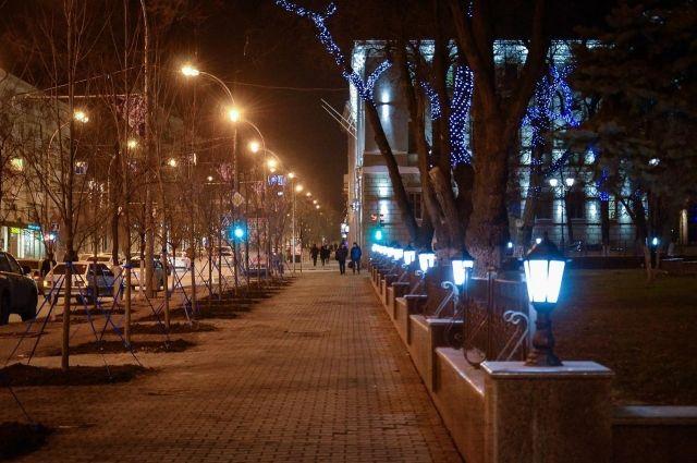 Новые фонари появились наплощади Советов вРостове