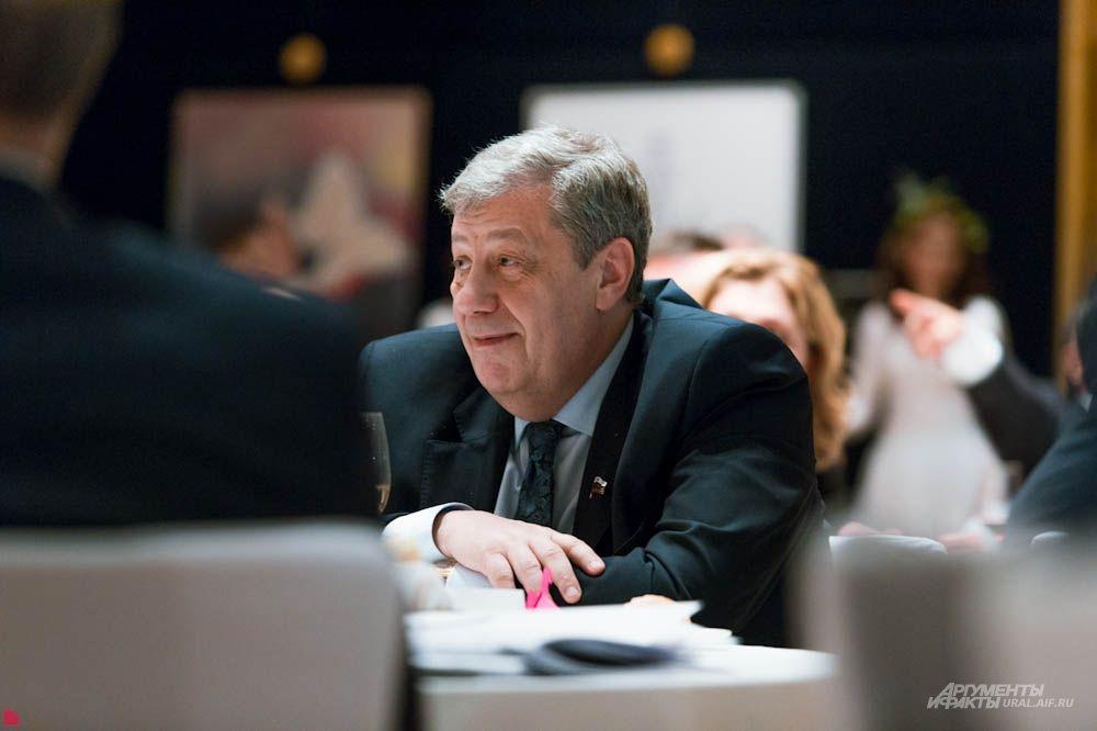 Бывший мэр Екатеринбурга, член Совета Федерации Аркадий Чернецкий