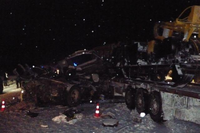 Родители опознали еще четверых детей, погибших в трагедии автобуса вХМАО