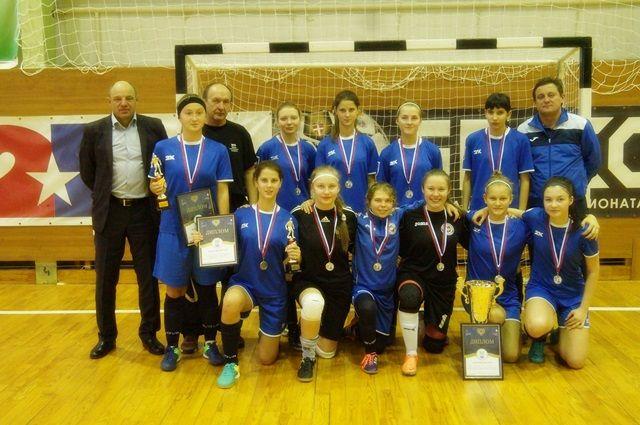Команда «Лагуна-УОР» - серебряный призер первенства России по мини-футболу.