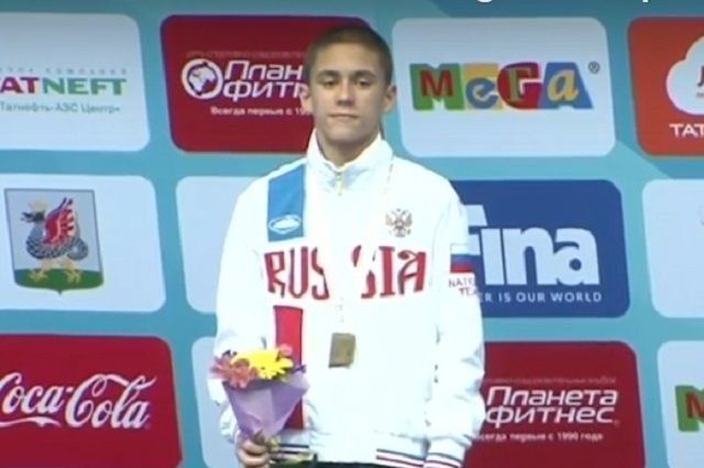Руслан Терновой в упорной борьбе победил китайца.