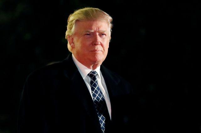 Трамп обвалился скритикой на КНР