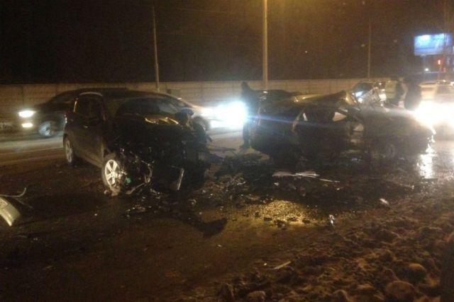 Появились детали ДТП наКирова вУльяновске: умер шофёр ВАЗа