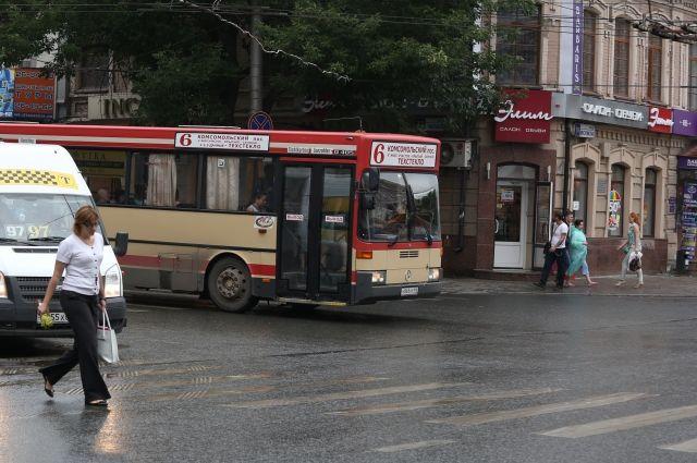Водитель автобуса после инцидента остался жив.