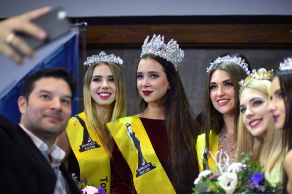 Победительницей конкурса стала Наталья Штурбина из Саратова.