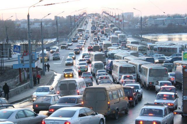 Неменее 2 млрд руб. выделят настроительство дорог иметро вНижнем