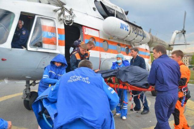 Вертолет МЧС эвакуировал нездорового сотрудника биосферного заповедника скордона Умпырь