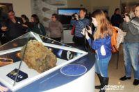 Лучше метеоритами любоваться в музее.