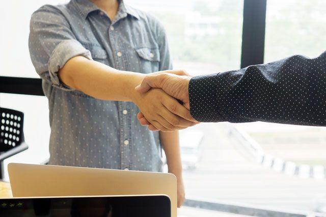 Электронные трудовые договоры - один из наиболее эффективных методов, который позволяет работодателю следовать трудовому законодательству.