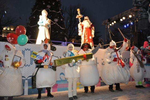 В пятый раз снеговики пройдут по главной улице Оренбурга